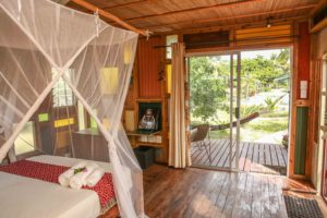 Mozambeat Motel private ensuite cabins, Ray Charles 3