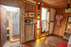 Mozambeat Motel private ensuite cabins, Ray Charles 4
